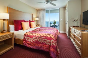 Private sale: save 11% DiamondHead Beach Resort Fort Myers Beach